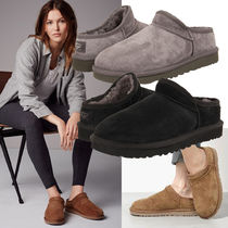 UGG Australia Sheepskin Plain Slip-On Shoes