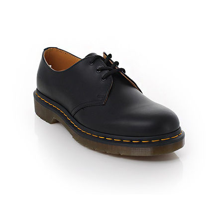 Dr Martens Oxfords Street Style Leather Oxfords 2