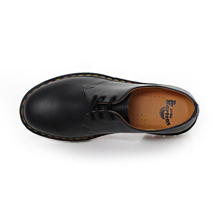 Dr Martens Oxfords Street Style Leather Oxfords 3