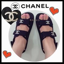 CHANEL SPORTS Casual Style Unisex Plain Footbed Sandals Flat Sandals