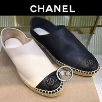 CHANEL Platform Round Toe Casual Style Bi-color Leather