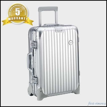 sold out upcoming Rimowa Topaz Lufthansa model 32L2 wheel