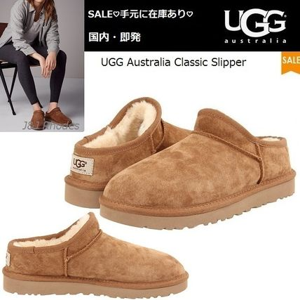 UGG Women ' s Classic Slippers