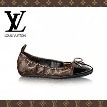 fccbd0d1803 Louis Vuitton 2017 SS Women s Flat Shoes  Shop Online in US