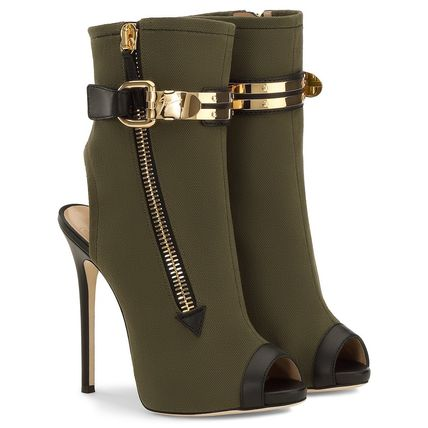Limited Edition model 2017 spring summer Giuseppe Zanotti