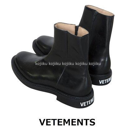 ▽ ▽ VETEMENTS [X CHURCH'S ankle boots