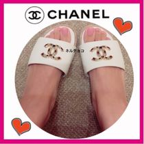 CHANEL ICON Open Toe Casual Style Leather Sandals