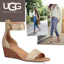 UGG Australia Open Toe Bi-color Plain Leather Elegant Style