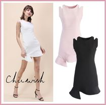 Chicwish Crew Neck Tight Sleeveless Plain Medium Dresses