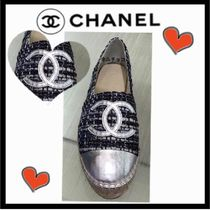 CHANEL SPORTS Casual Style Blended Fabrics Bi-color Low-Top Sneakers