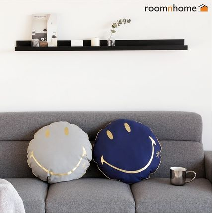 1 + 1 special time limited sale smiley cushions