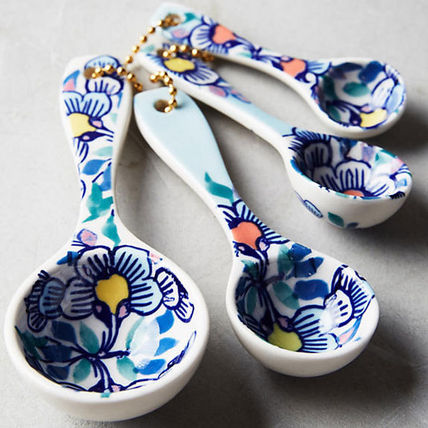 Gift free Anthropologie flower measuring spoon set