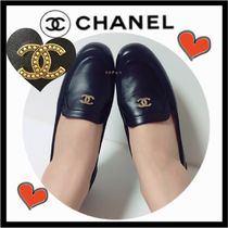 CHANEL ICON Moccasin Casual Style Unisex Plain Leather Slip-On Shoes