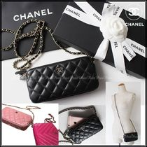 CHANEL MATELASSE Chain Plain Leather Elegant Style Shoulder Bags