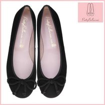 Pretty Ballerinas Round Toe Suede Plain Office Style Flats