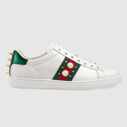 GUCCI Round Toe Rubber Sole Casual Style Studded Leather