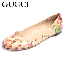GUCCI Flower Patterns Round Toe Leather Loafer Pumps & Mules