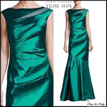 TERI JON Maxi Sleeveless Boat Neck Plain Long Party Dresses