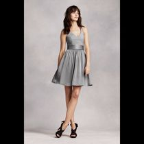 Vera Wang Short Sleeveless V-Neck Party Dresses