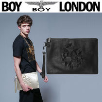BOY LONDON Skull Star Street Style Clutches