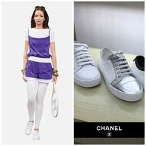CHANEL Round Toe Casual Style Bi-color Plain Leather