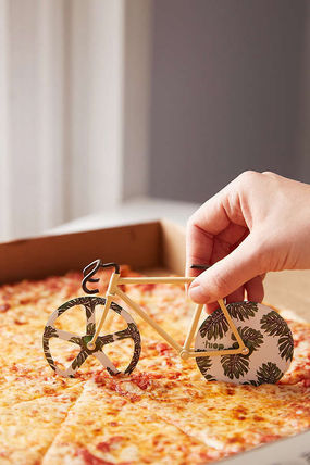 UO/Bike Pizza Slicer pizzasricer