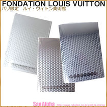 Fondation Louis Vuitton Notebooks