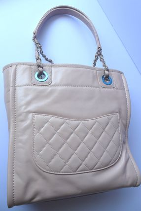 CHANEL Totes Casual Style Leather Totes 10