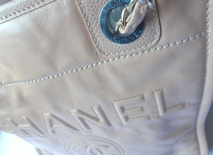 CHANEL Totes Casual Style Leather Totes 5