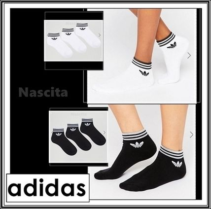 Logo printed ankle socks