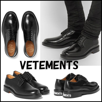 "17th SS ""VETEMENTS X Chuch's"" polished leather shoes."