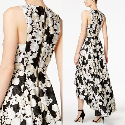 Calvin Klein Flower Patterns A-line Sleeveless V-Neck Long Party Dresses