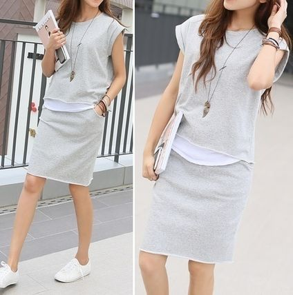 French sleeve T top & skirt set outfit