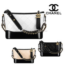 CHANEL Calfskin Chain Plain Elegant Style Shoulder Bags