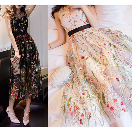 Flower embroidery tulle sleeveless dress dress