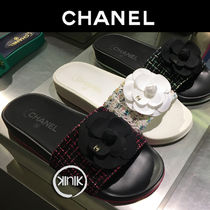 CHANEL Rubber Sole Elegant Style Slippers Sandals