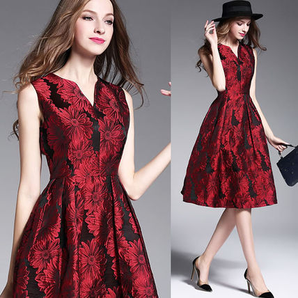 Daisy Jacquard collarless Scarlet dress dress