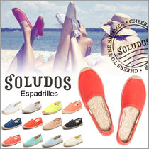SOLUDOS Casual Style Plain Slip-On Shoes