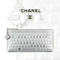 CHANEL Casual Style Calfskin Street Style Bag in Bag 2WAY Clutches
