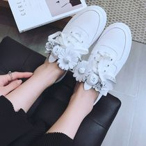 Flower Patterns Round Toe Casual Style Leather Slippers
