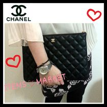 CHANEL MATELASSE Casual Style Unisex Lambskin Bag in Bag Plain