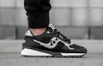 SAUCONY SHADOW Street Style Collaboration Sneakers