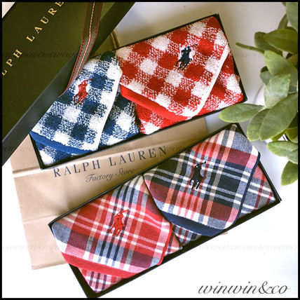 Gift the perfect Ralph Lauren gift BOX with hand towel 2