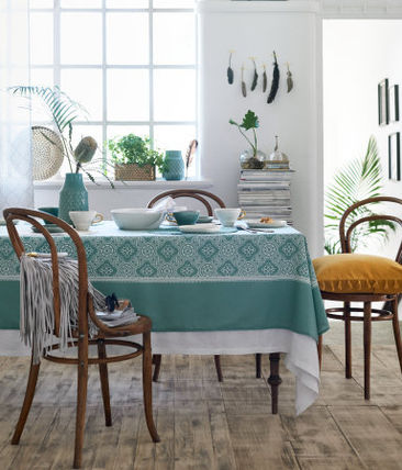 H&M Home Tablecloths & Table Runners