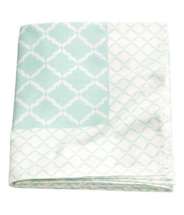 H & M HOME pattern print tablecloth