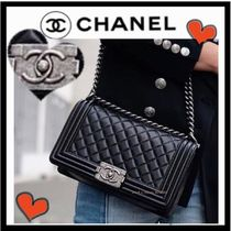 CHANEL BOY CHANEL Black/SHW Calfskin Old Medium Flap Bag