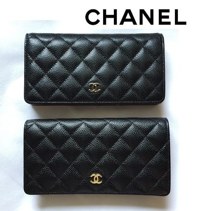 Immediate delivery available CHANEL caviar skin bifold