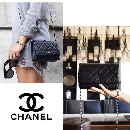 CHANEL Classic Lambskin wallet on chain matelasse gold