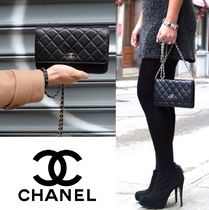 CHANEL CHAIN WALLET Plain Party Style Party Bags