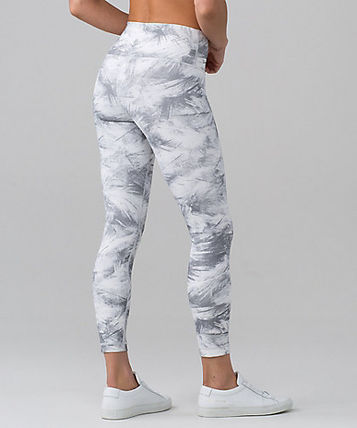 Wunder Under Hi-Rise 7 8 Tight FULL-ON LUX breeze by white
